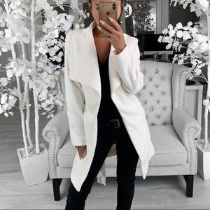 ekattire Jackets & Coats - ARMANI— in Cream